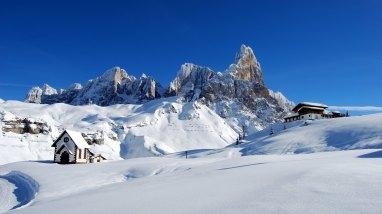 Dolomites Alps Italy Winter Snow UHD